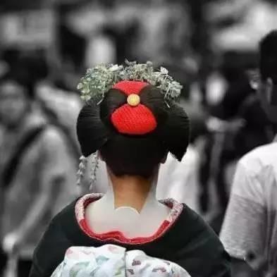 用照片讲故事——看中国人镜头中的日本
