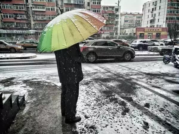努比亚镜头下的二月飞雪北京城