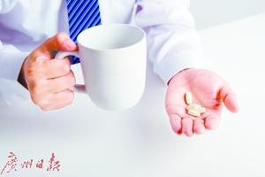 患了糖尿病 吃西药会吃坏肝肾吗?