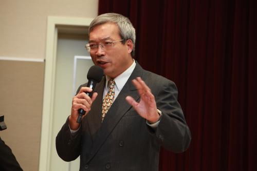 台财信传媒董事长谢金河:台币成了全球最强货币了