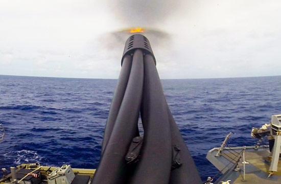 美军密集阵打到炮管都变弯了?