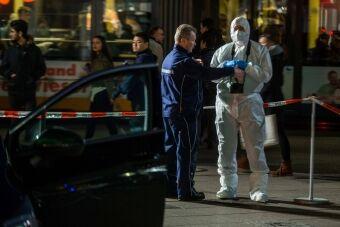 德国再有汽车撞入人群 致1死2伤