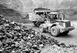 铁矿石价格暴涨 库存总量超1.29亿吨创新高