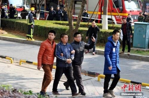 南昌重大火灾事故续:7名涉案人员先行批准逮捕
