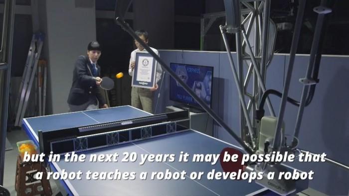 全球首款乒乓球导师机器人获世界记录