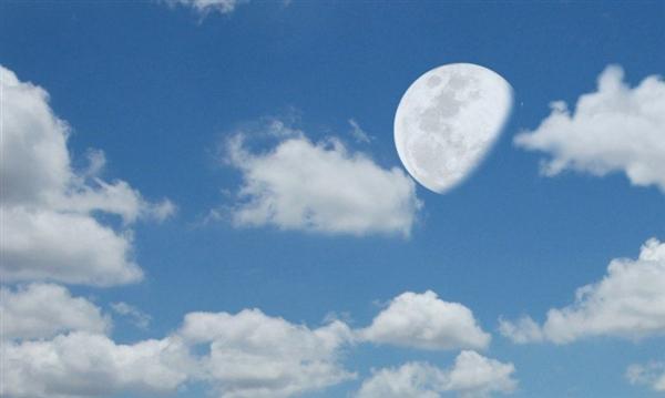 为什么白天也能看见月亮?原来如此
