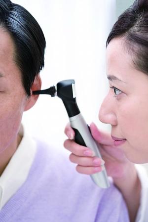 有一种听力下降叫耵聍栓塞