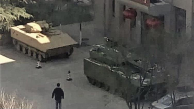 简氏:中国新型步战车曝光 底盘接近中国新轻坦