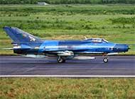 孟加拉歼7战机涂装挺好看