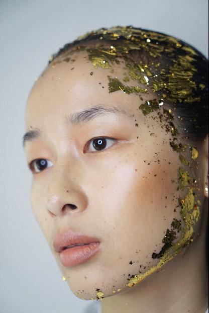 时尚 资讯推广 正文        擅长秀场妆容造型设计的lin makeup岳晓琳