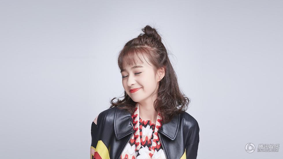 """郑合惠子写真曝光 俏皮可爱演绎""""摇滚萝莉"""""""