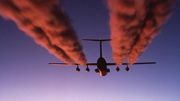 只需对航班路线进行小幅修改,就可将气候影响减少 10%