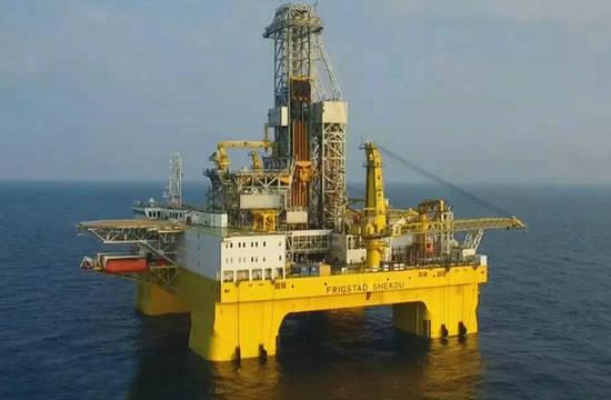 中国建成全球最大海上钻井平台