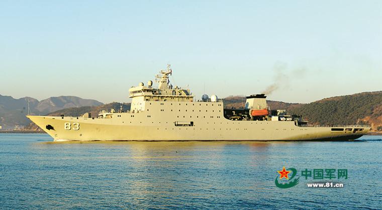 """海军装备部政委:新舰艇像""""下饺子""""一样服役"""