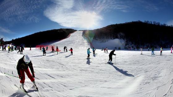 外媒:中国借冬奥会带动冰雪经济 潜力巨大!