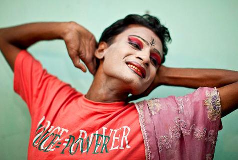 孟加拉第三性别人群遭歧视被迫出卖身体