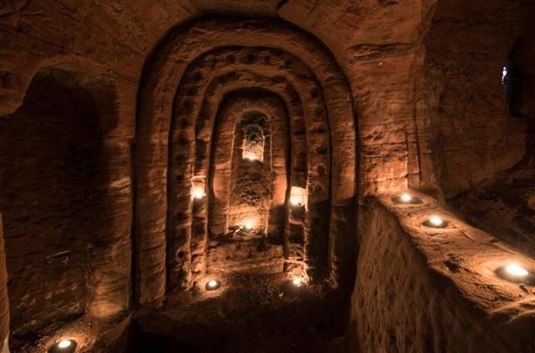 兔子洞下刨出700年前十字军地堡:规模庞大