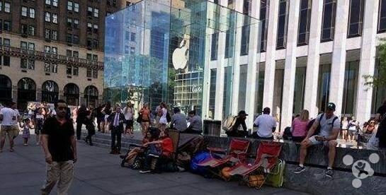 美国政客怒斥iPhone:让穷人看不起病