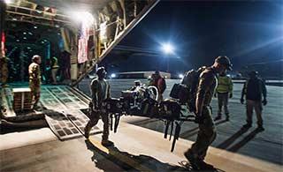 美阿富汗抢救伤员动用C130