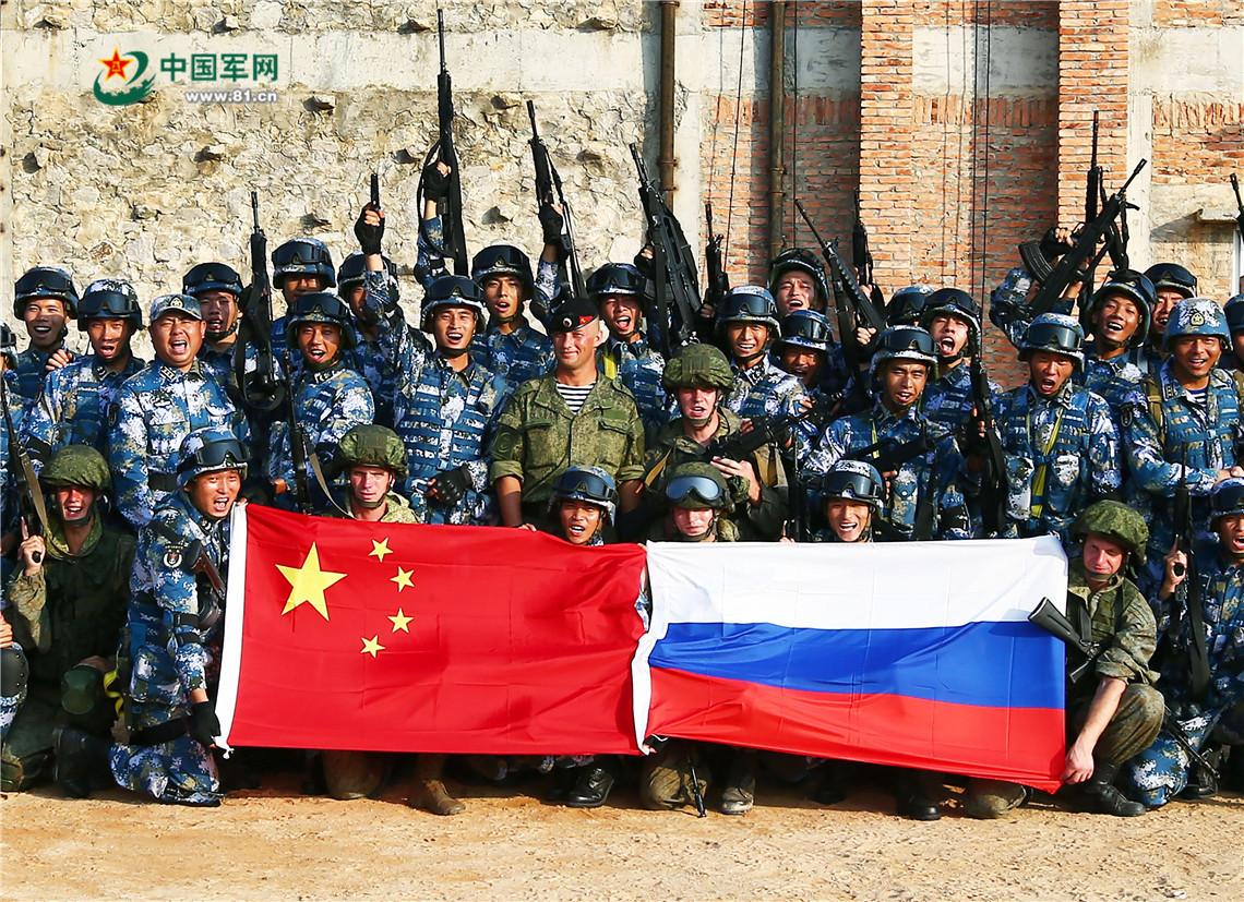 简氏:解放军积极提升战力 最高40多万人同时演习