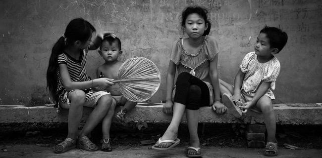 光明网:想想童乞的遭遇,谁都会坐立不安