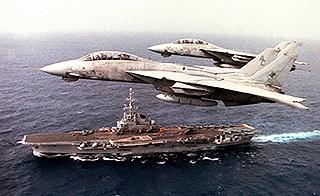 美军航母90年代老图气势惊人