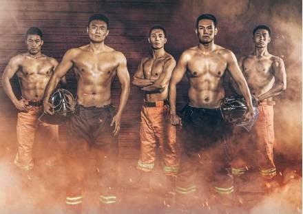 燃!这群平凡的中国男人,征服了最挑剔的日本人