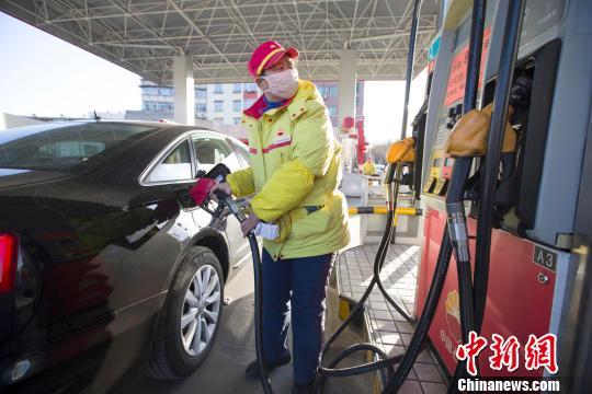 国内成品油价调整或因幅度不足50元/吨连续两轮搁浅