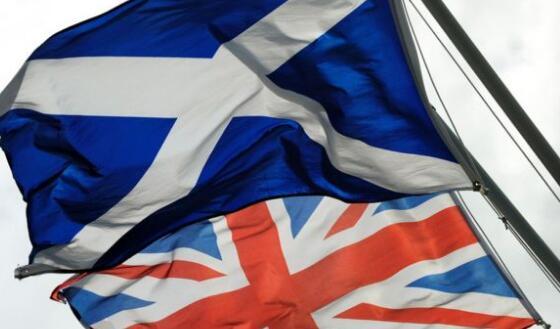 """苏格兰或二次公投 英首相再批""""狭窄视野"""""""