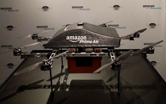 亚马逊快递无人机首次亮相 只可近观看不可送货