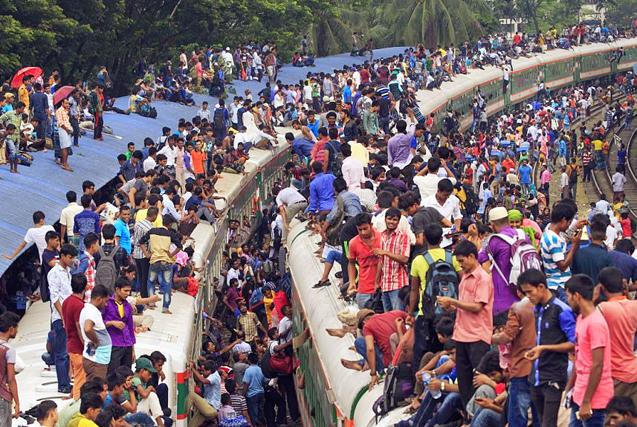 孟加拉国日常通勤繁忙 火车不堪重负