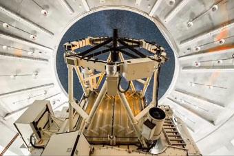 美军太空武器延时摄影 简直不像地球科技