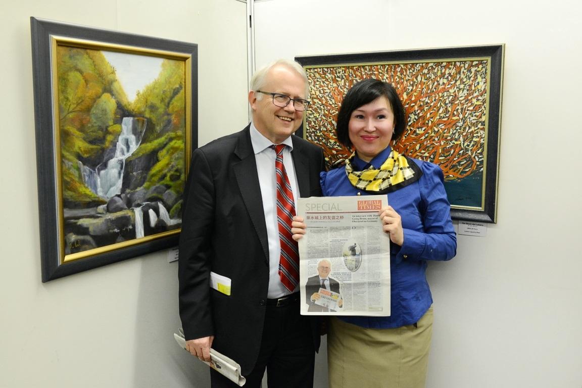 """泉水城上的""""三八国际妇女节"""",再访上乌泽尔市市长Brum 先生"""