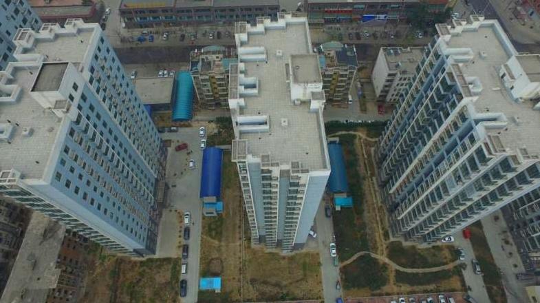"""郑州市上街区启用""""无人机""""助力全城清洁"""