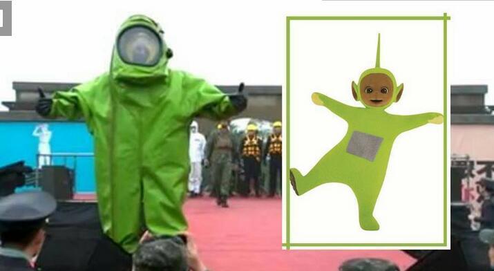 台军T台走秀向学生展示实力 被网友讽刺:天线宝宝吗?