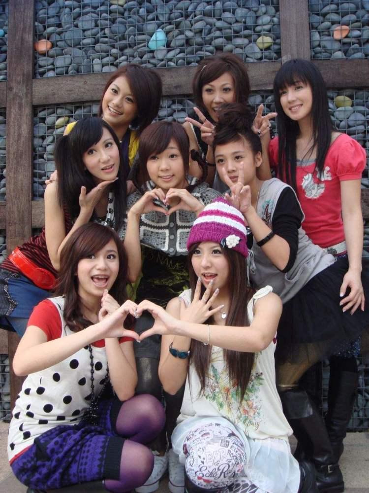 红极一时的台湾偶像组合还记得他们吗