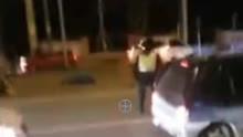 司机酒驾被查开车撞三个交警 致一死两伤