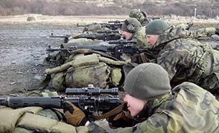 捷克陆军训练狙击手用什么枪