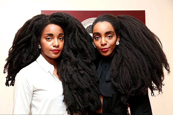 黑人模特姐妹花打破偏见保持蓬松头大受欢迎