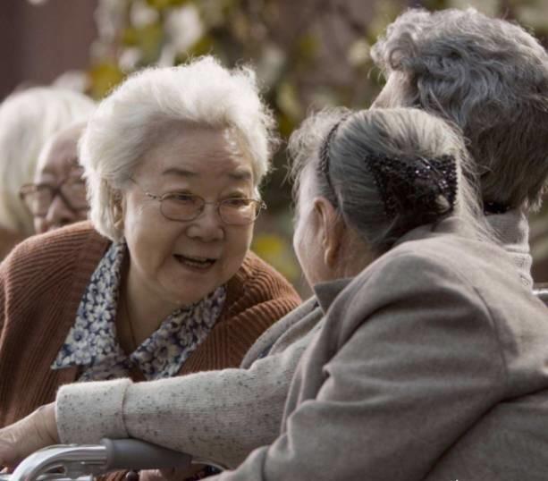健康领域里有个62~63现象,一退休就生病!