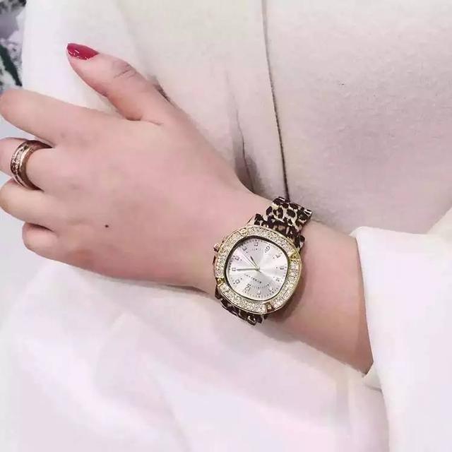 玩表不是男士专利,女生该如何挑选一款适合自己的手表?