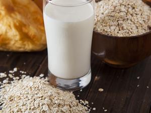 喝牛奶能养胃?这三类胃病万万不能试