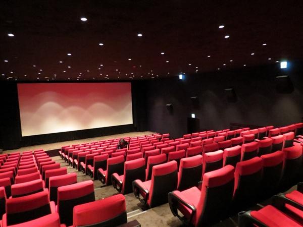 为啥电影院的座椅都是红色?神奇原因揭晓