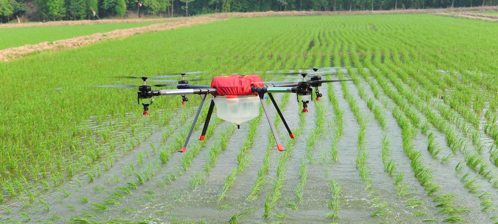 山西省农民可用无人机施肥或喷药