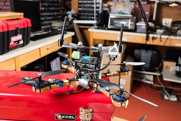 MIT研发新型安全技术 可保护无人机群免受黑客通信攻击
