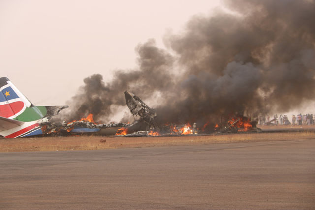 南苏丹小型客机失事37人送医 1名中国乘客脱险