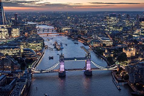 摄影师航拍伦敦四季变化风土人情