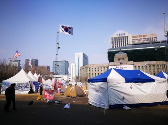 卞永祖:三月飞首尔,韩国正迷茫