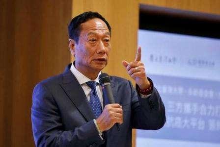 郭台铭戳中国制造痛处:高级技工人才缺乏是最大短板