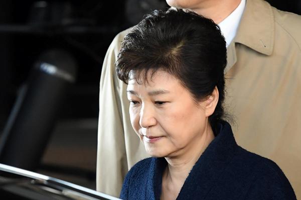 韩前总统朴槿惠结束14小时问讯 全面否认13项指控